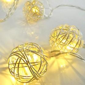 ΣΕΙΡΑ ΜΠΑΤΑΡΙΑΣ, 10 LED ΘΕΡΜΑ ΛΕΥΚΑ ΜΕ ΑΣΗΜΙ ΜΠΑΛΕΣ, IP20.